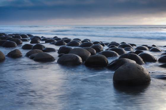 Bowling_ball_beach