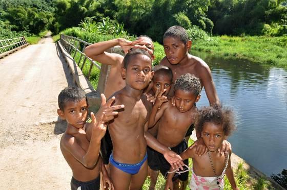 Fijian_kids
