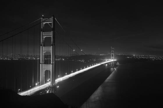 Golden_gate_at_night
