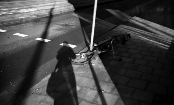 Shadow_with_bike