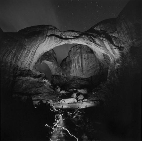 Orchestrated_light_painting_of_double_arch