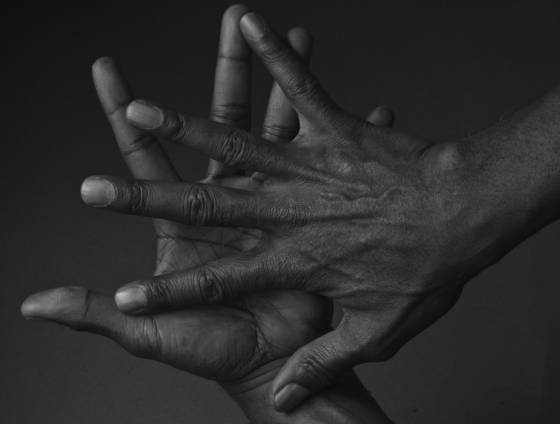 Bruce_s_hands__3