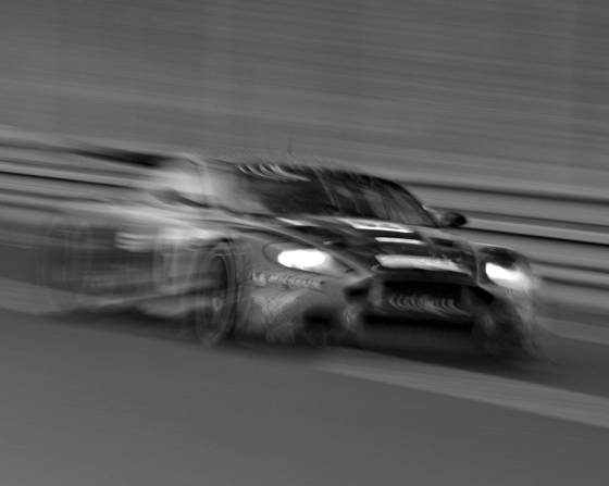 Aston_martin_dbr9