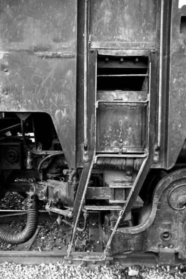 Train_door
