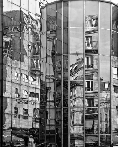 Reflected_buildings