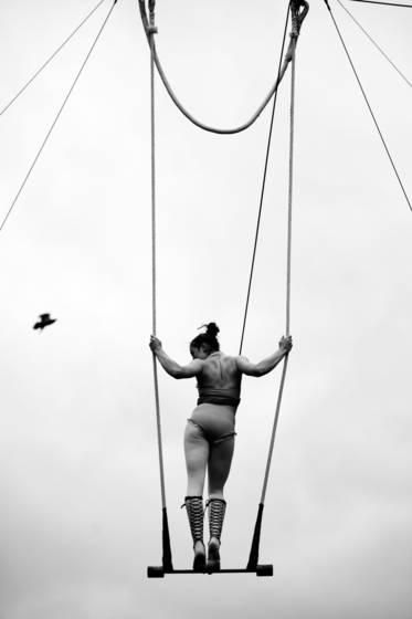 The trapeze performer