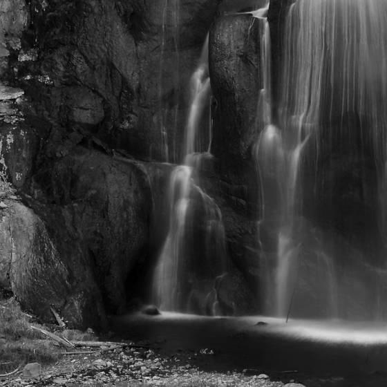 Gibbon_falls