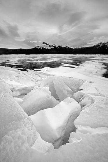 Lake_abraham_iii