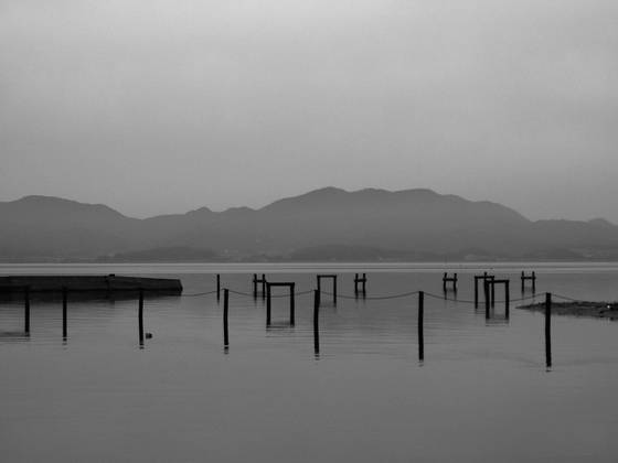 Morning_on_lake_shinjiko