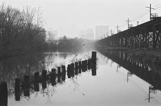 Canal_cityscape