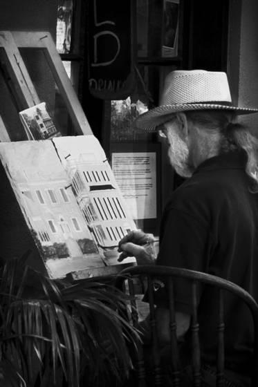 Artist_working