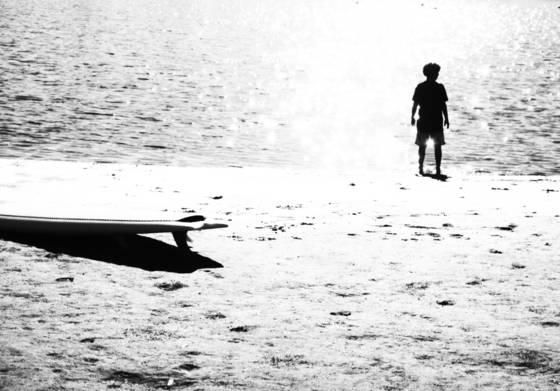 Boy_on_the_beach