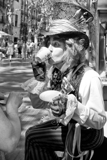 Mad_hatter_and_tea_cup_no__1