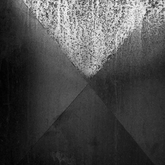 Metal_divide