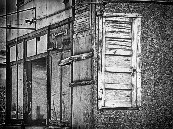 Door_in_wall