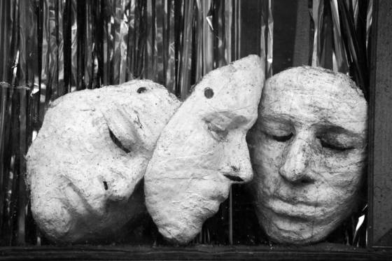 Three_masks