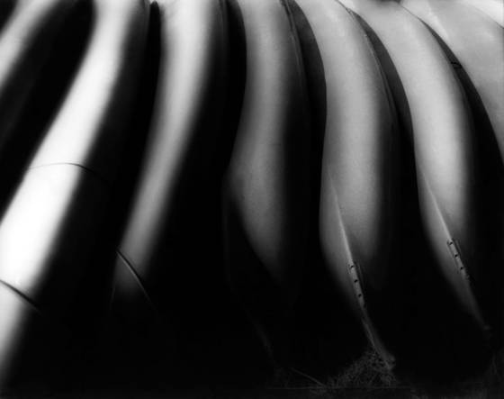 Canoes_in_a_rrow