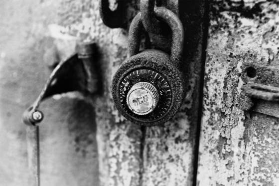 Rusted_lock