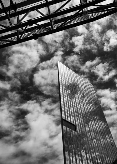 Glass_monolith