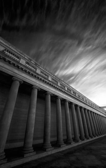 Columns_and_clouds