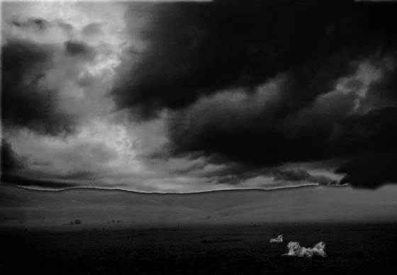 Storm_over_the_ngorogoro_crater