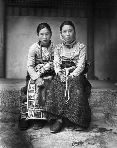 Tibetan_girls_china_2008