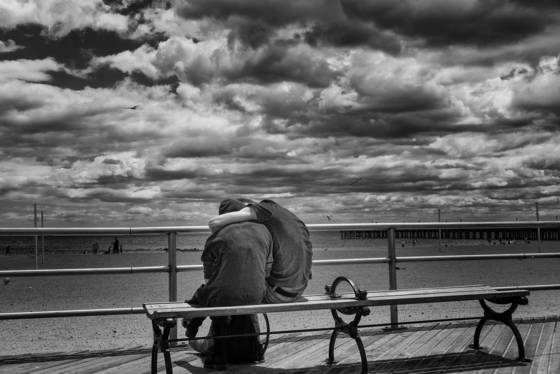 Love_on_the_boardwalk
