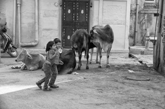 Children_playing