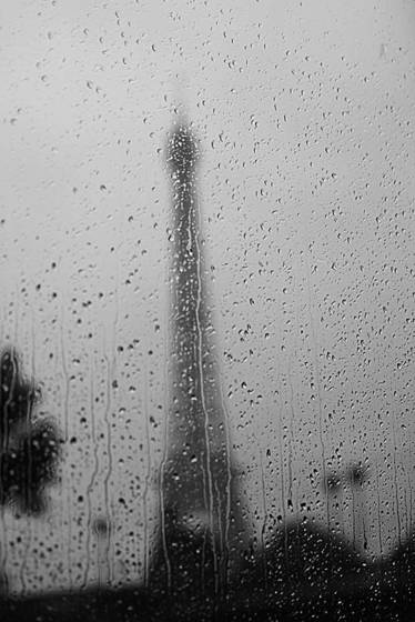 Raindrops_paris_-france_-2011-copy
