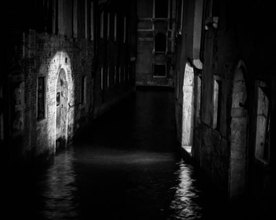 Venice at night9