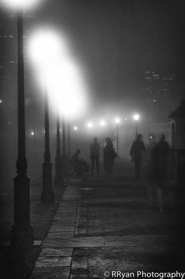 Foggy_riverwalk