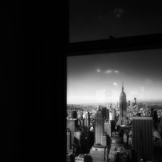 Lower_manhattan_and_window