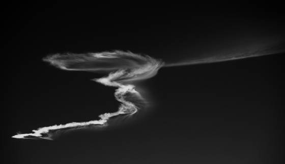 Missile_contrail