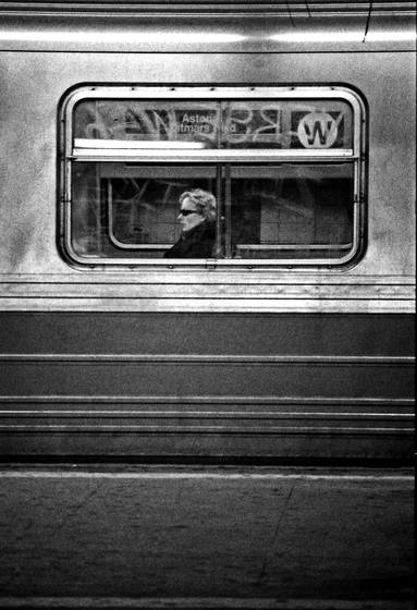 Woman_on_train