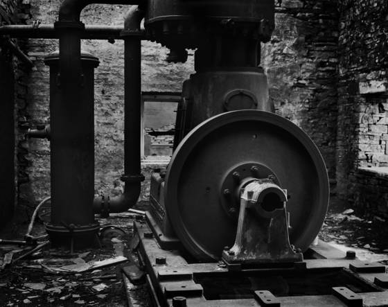 Derelict_compressor_-_slate_quarry_no_1-_north_wales_uk-_201