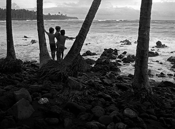 Kalapana_beach