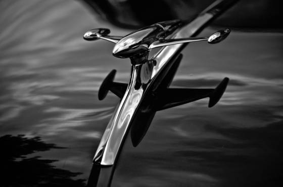 Gmc_hood_ornament