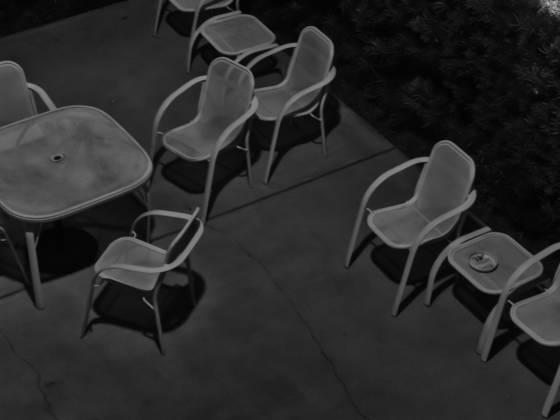 Quiet_conversation