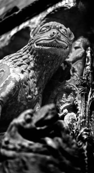 Medieval_carving