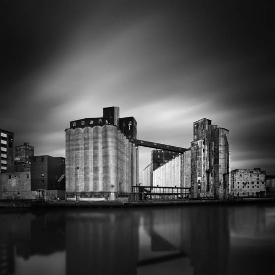 Buffalo_grain_elevators_2