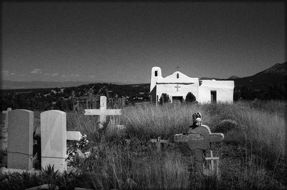 Golden_new_mexico_church