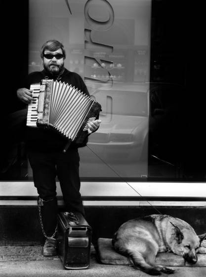 The_accordian_player