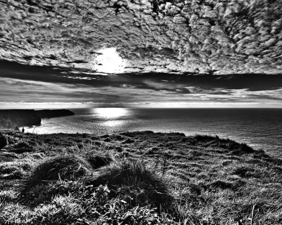 Sky_over_cliffs_of_moher