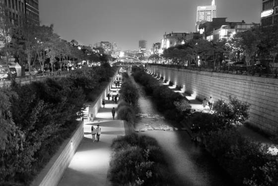 Cheonggyecheon_stream