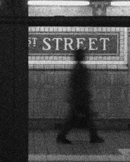 Subway_platform