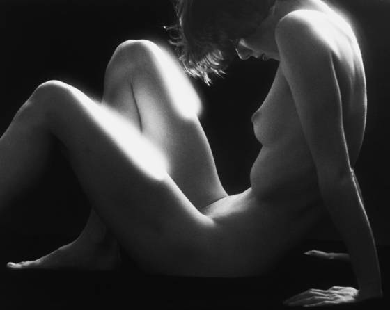 Backlit_nude