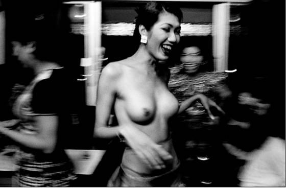 Cabaret_dancer