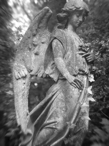 Highgate_angel