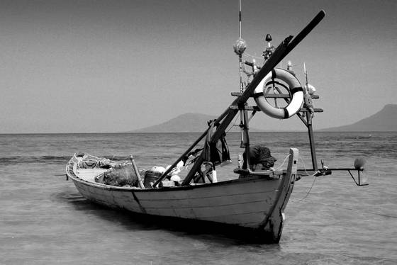 Fishing_boat_1