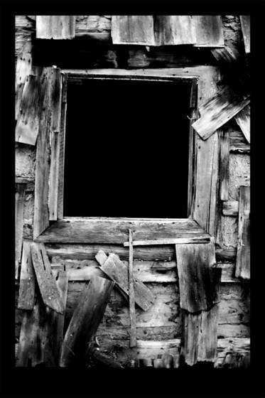 Dark_window